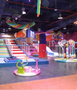 Huge Ice Themed Indoor Playground Equipment CH-RS160304